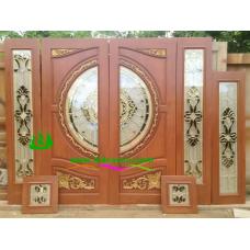 ประตูกระจกนิรภัยไม้สัก รหัส A27